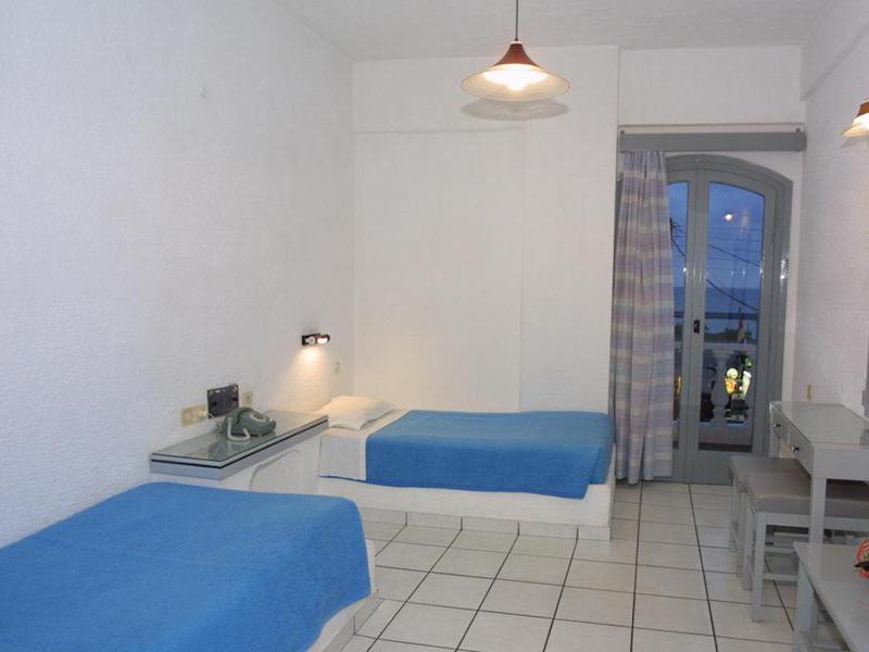 Iro Hotel-7