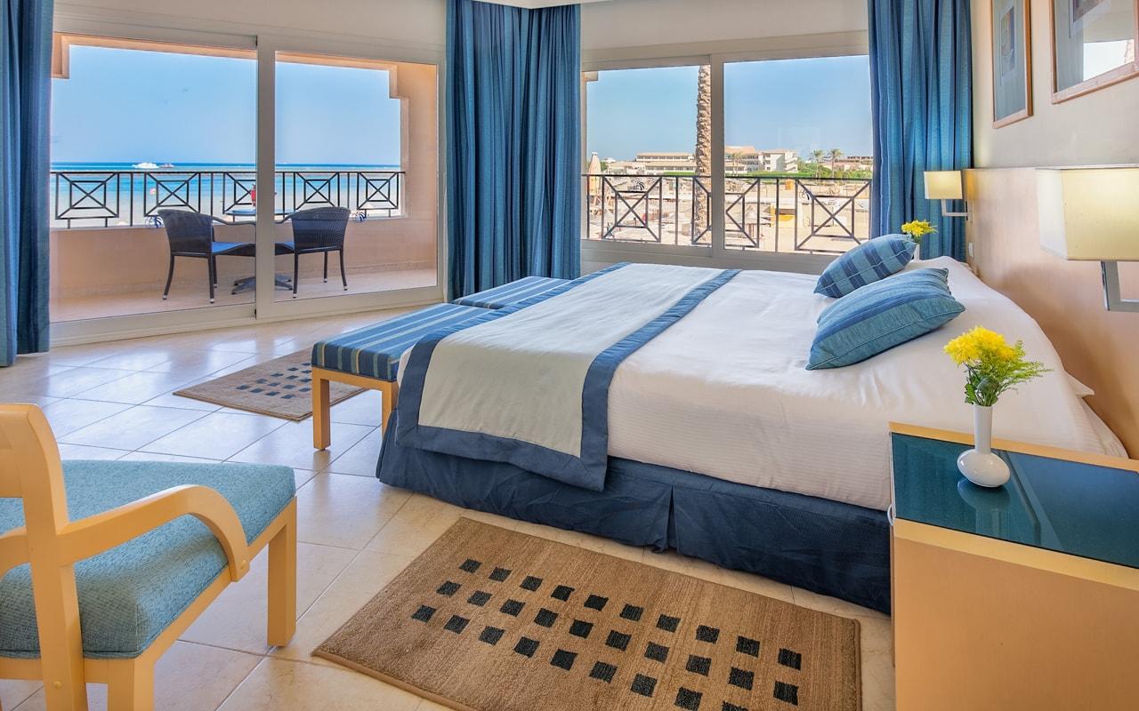 Junior Suite - Bedroom-min