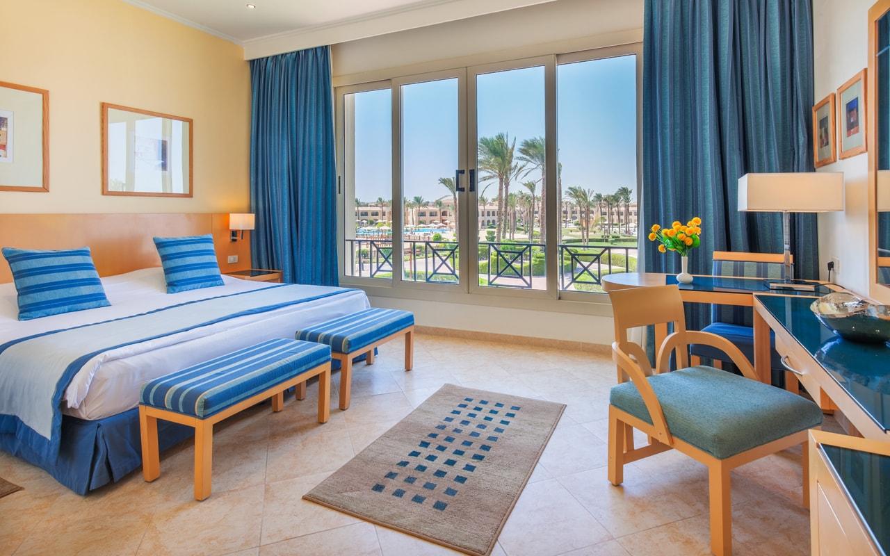 Master Suite - Bedroom-min