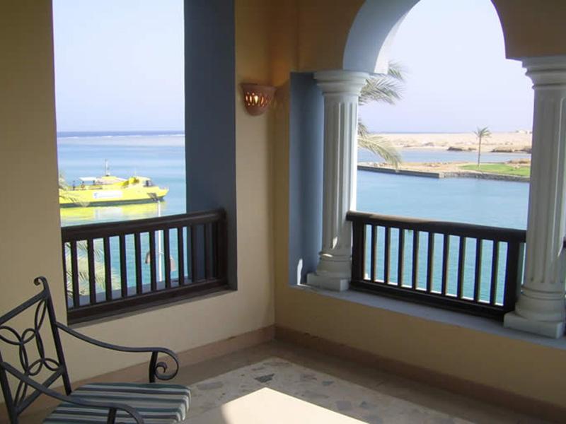 Royal_Suite_sea_view_1