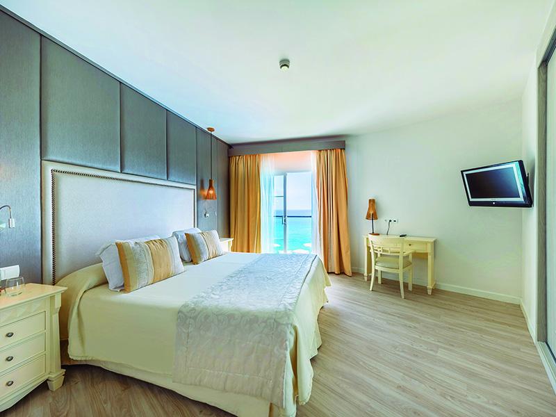 Selection Club Royal Terrace Sea View Apartmen5