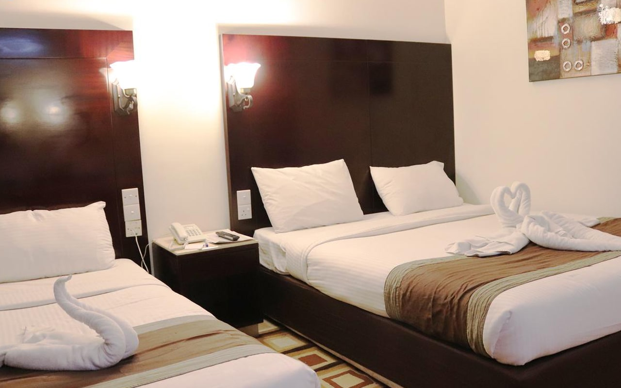 Signature Inn Hotel Rigga (3)