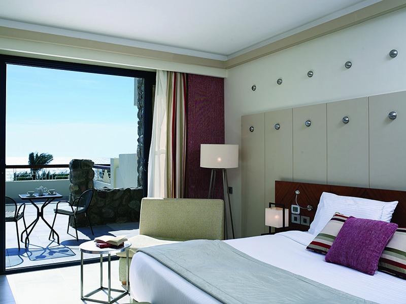 Standard Sea View Room (3)