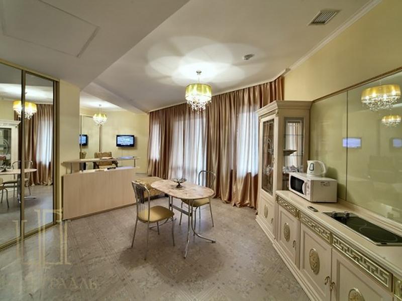 Studio Suite (10)