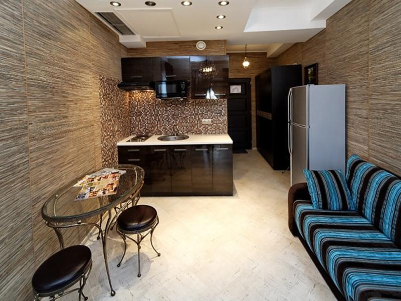 Studio Suite (8)