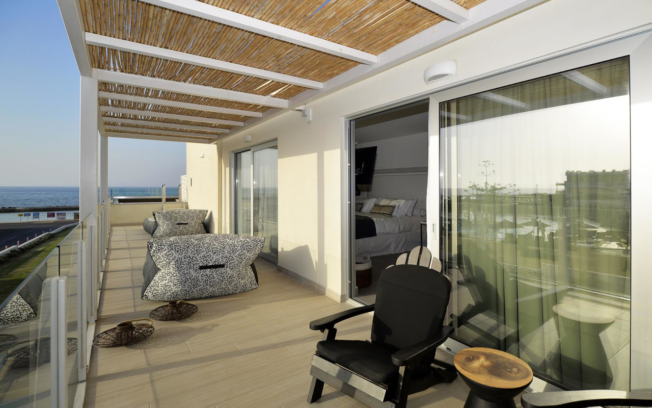 Suite-with-Private-Pool-Sea-View-7-Copy