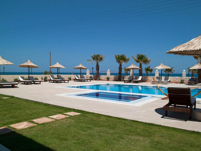 Superior Sharing Pool Sea View4