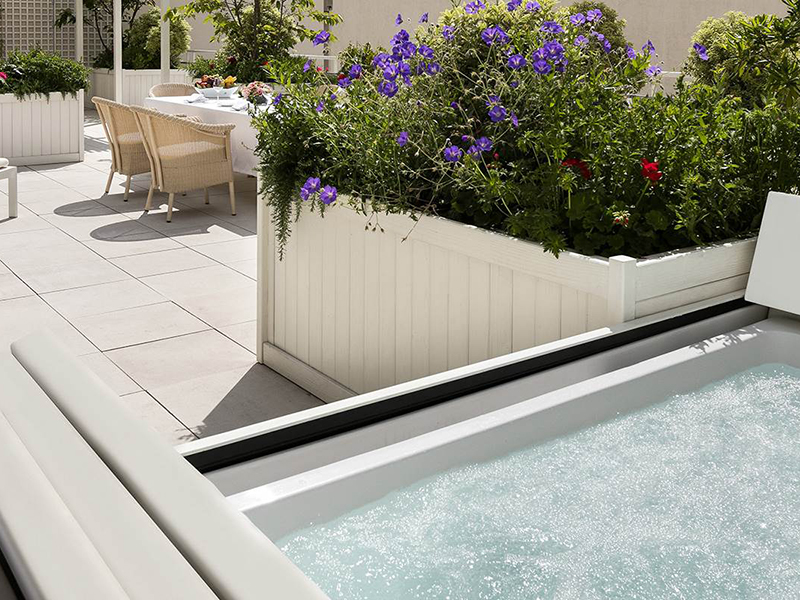 Terrace Suite with jacuzzi