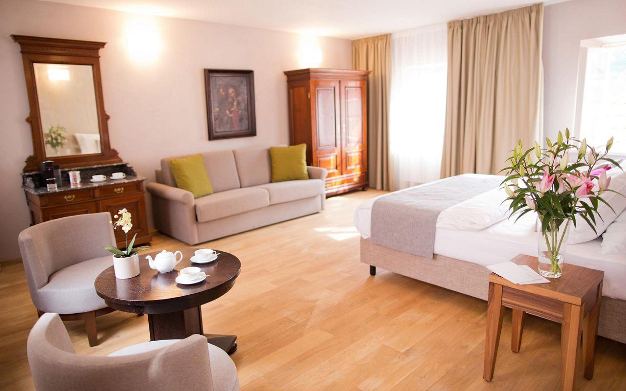 asten-hotels-golden-key-room-junior-suite-07