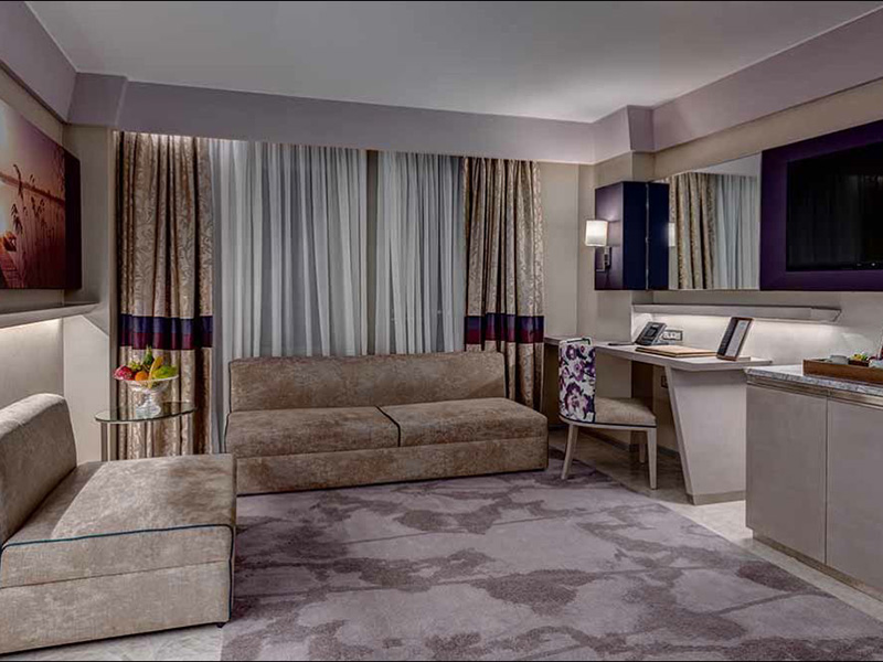 deluxe-family-suite