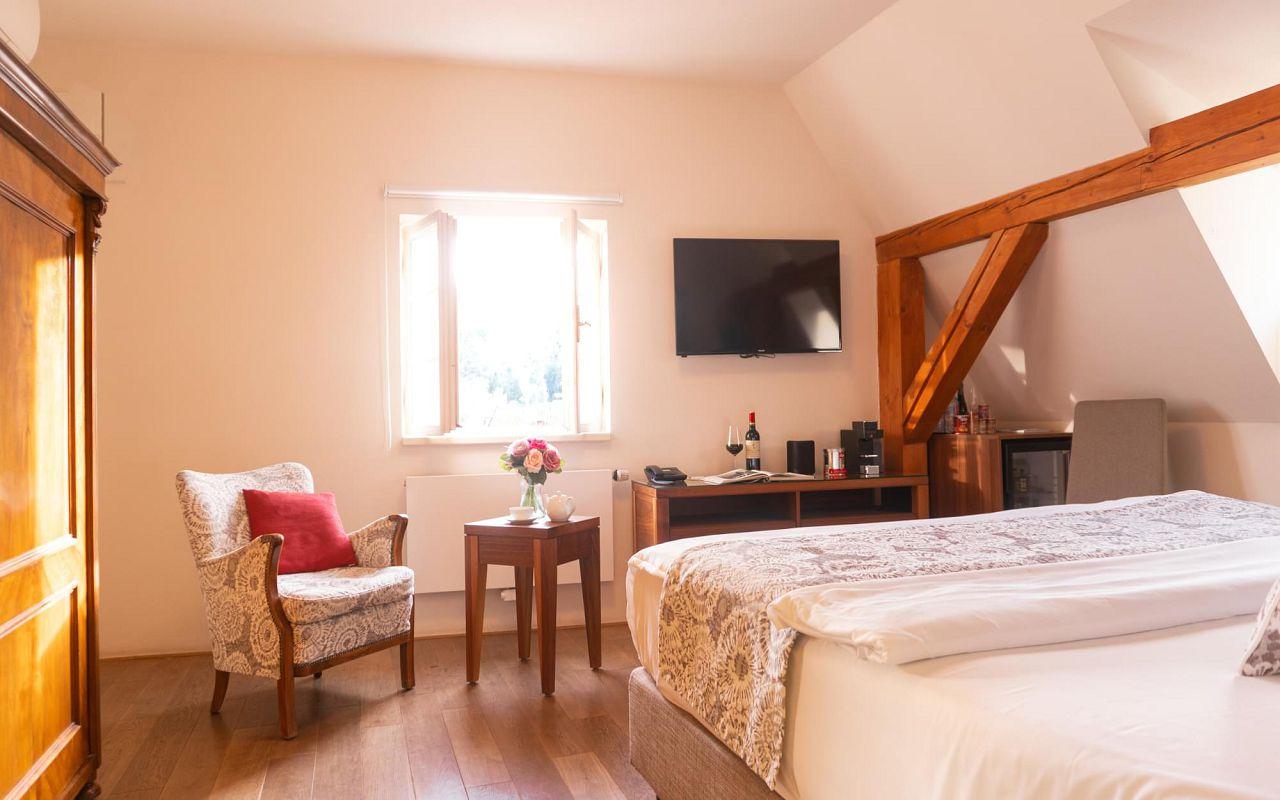 deluxe-room-hotel-golden-key-prague-pict-19