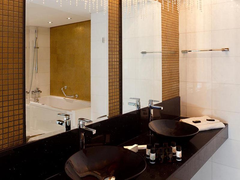 executive-suite-minigallery-4