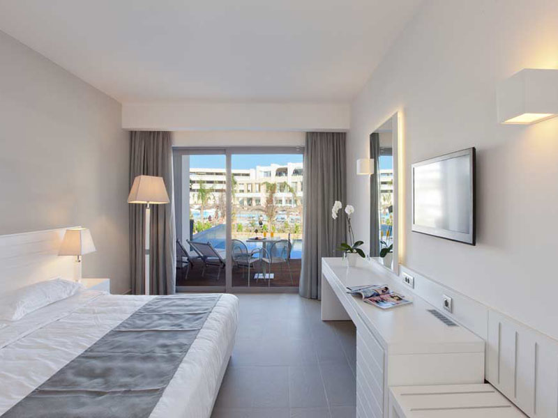 honeymoon-room-minigallery-2