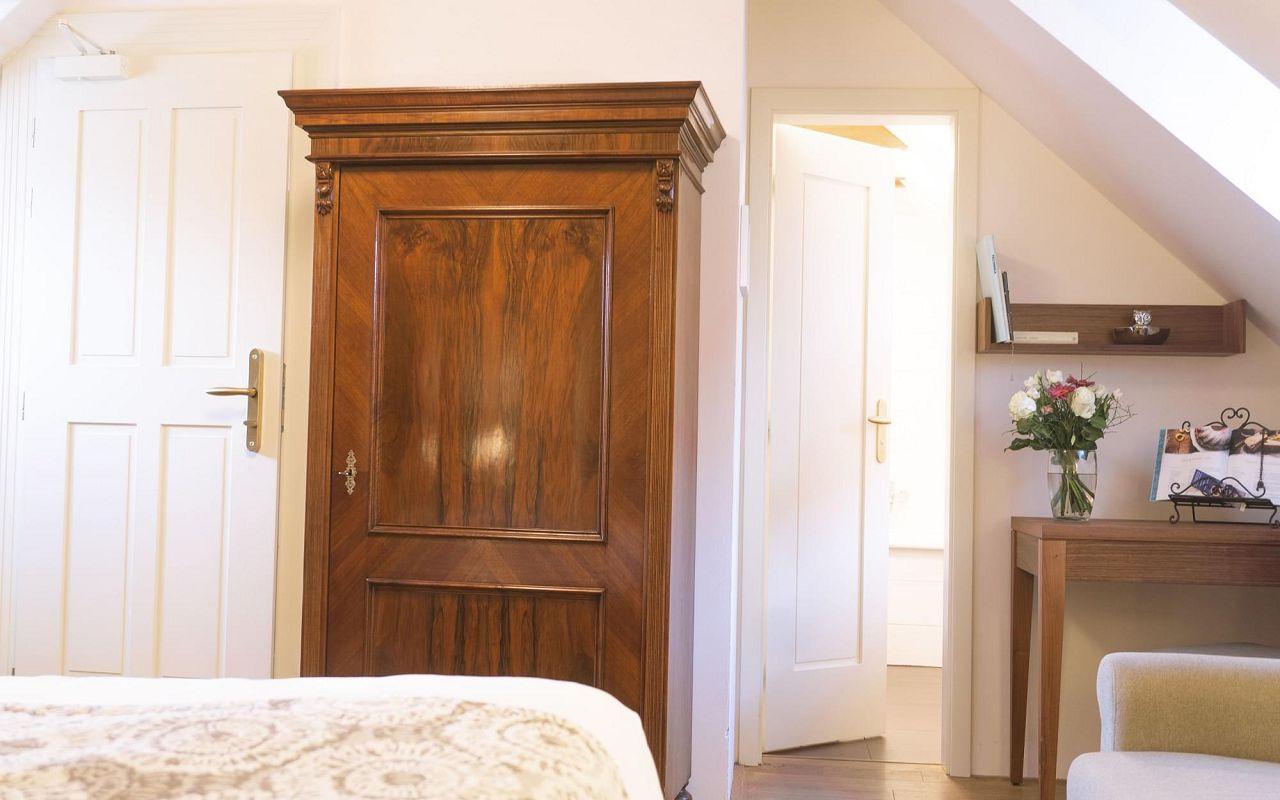junior-suite-hotel-golden-key-prague-pict-1