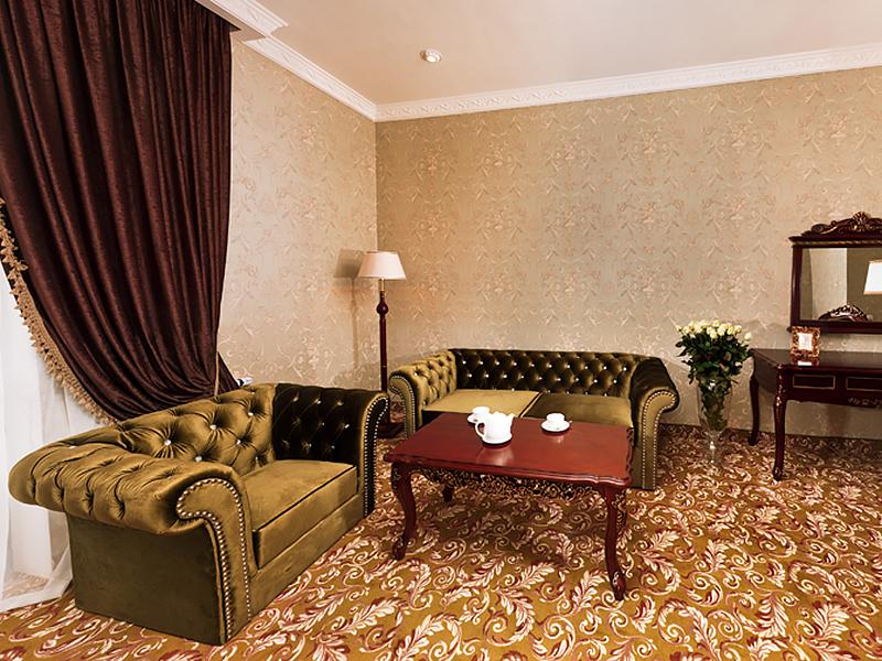 royal-grand-hotel-truskavets-de-luxe-suite7