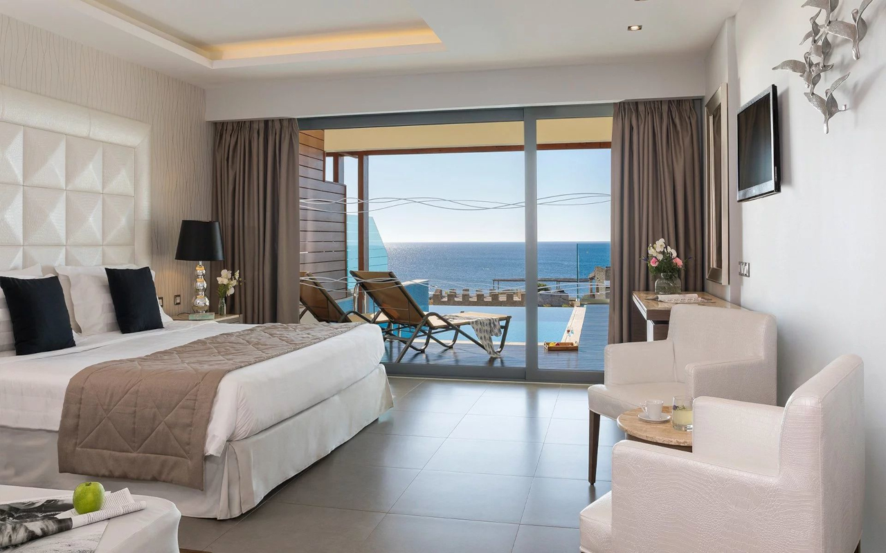 superior_junior_suite_2nd-level_with_sea_view_05