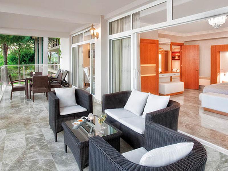 terrace-suite_03