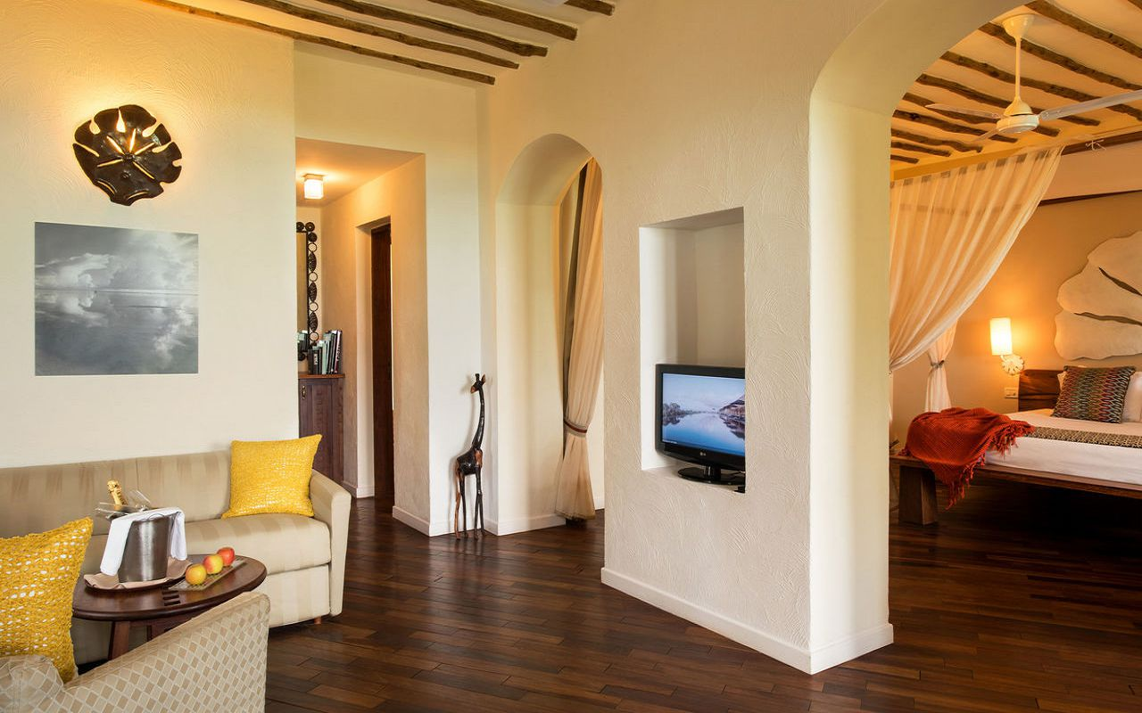 Seafront Suite (3)