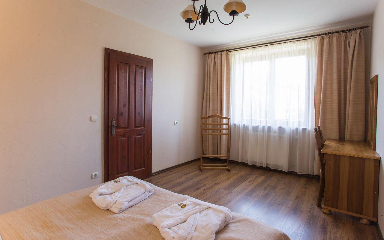 Suite (14)