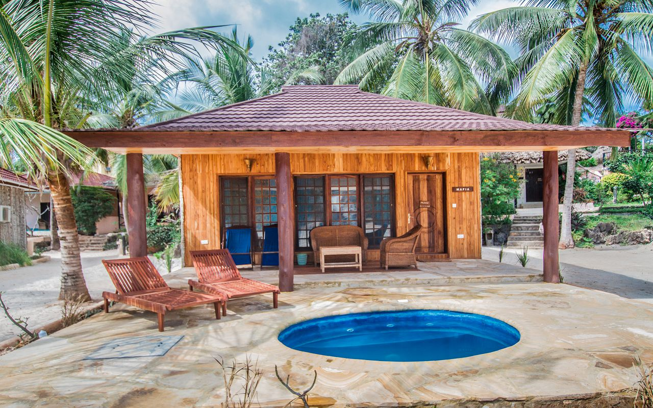 POOL BUNGALOWS (12)