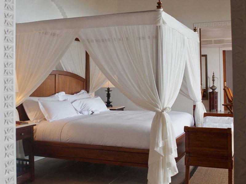 accommodation-frangipani-garden-pool-villa-01