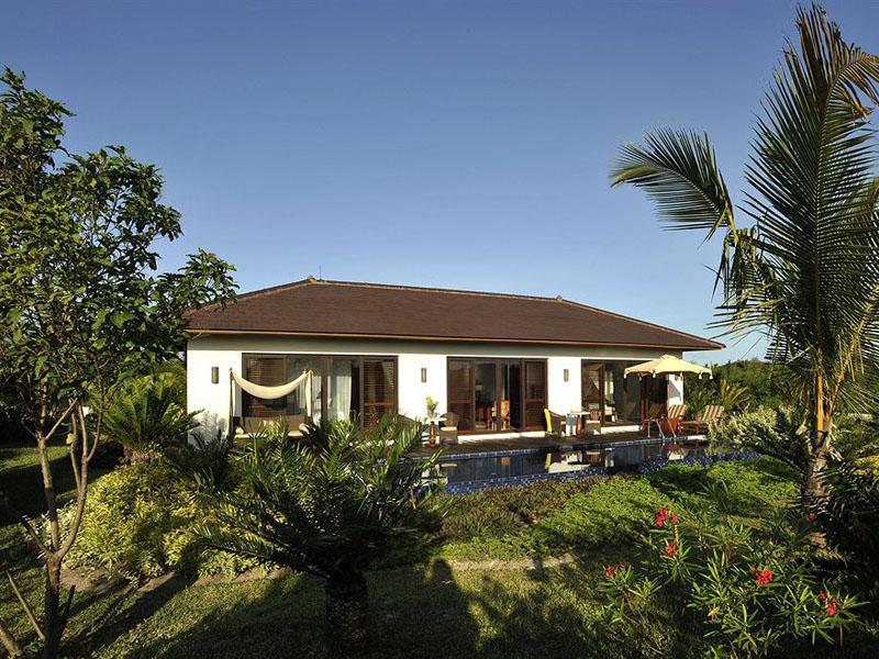 accommodation-frangipani-garden-pool-villa-012