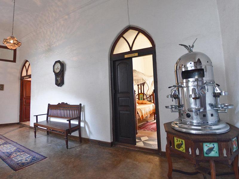 4Zanzibar Coffee House (2)