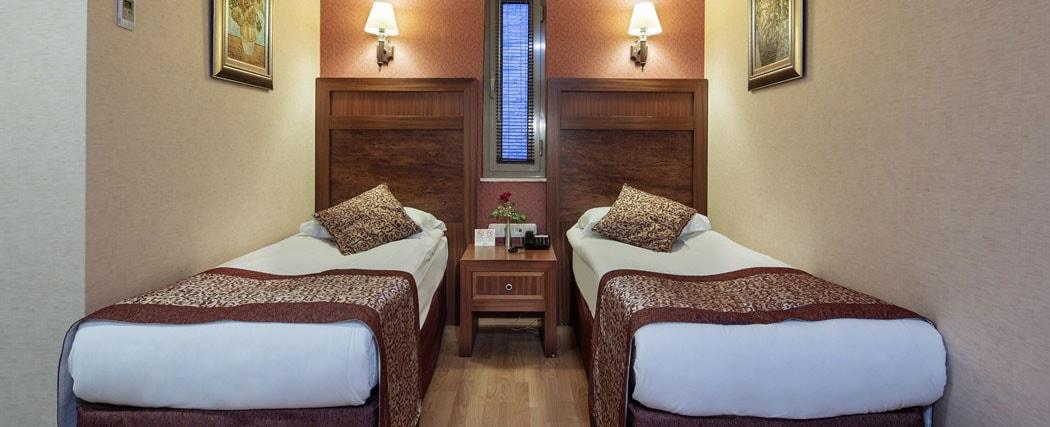 Alba Royal Hotel Side Family Room 2-min