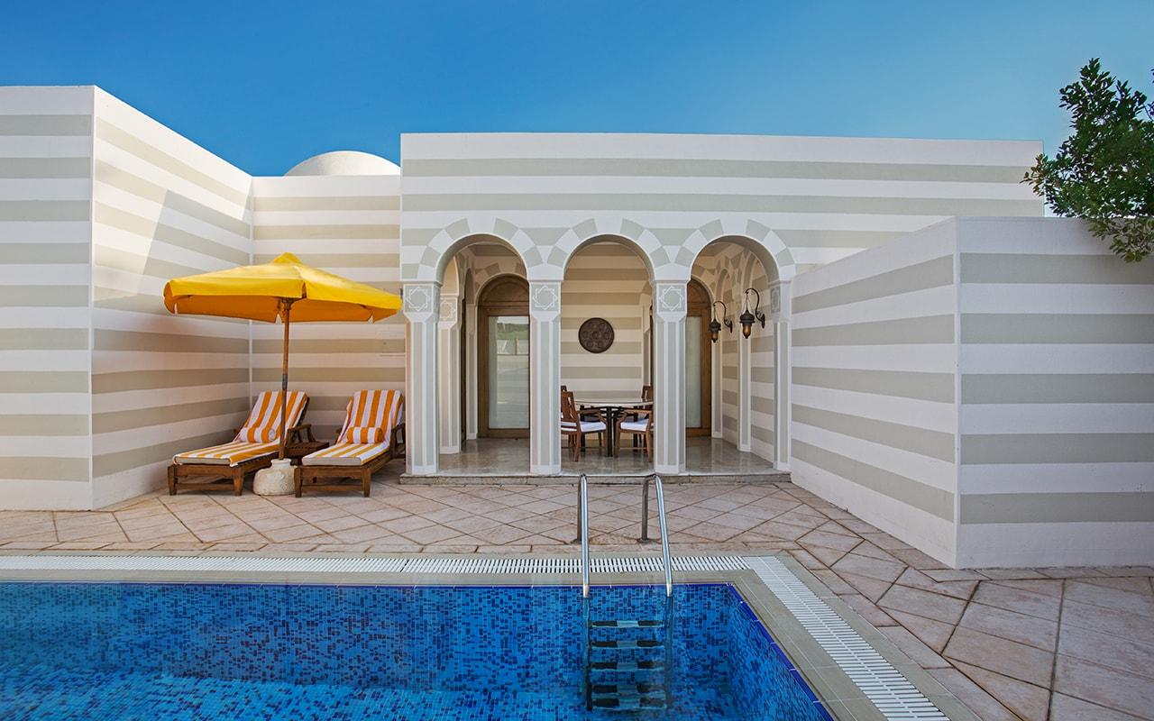 Grand Suite Pool-min
