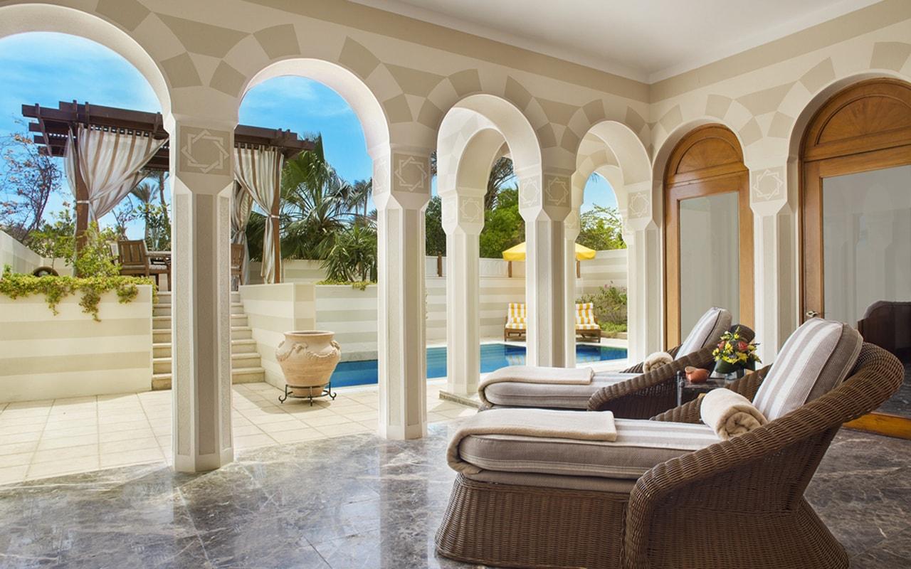 Royal Suite Terrace-min