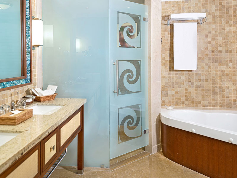 SetWidth2000-One-bedroom-suite-bath