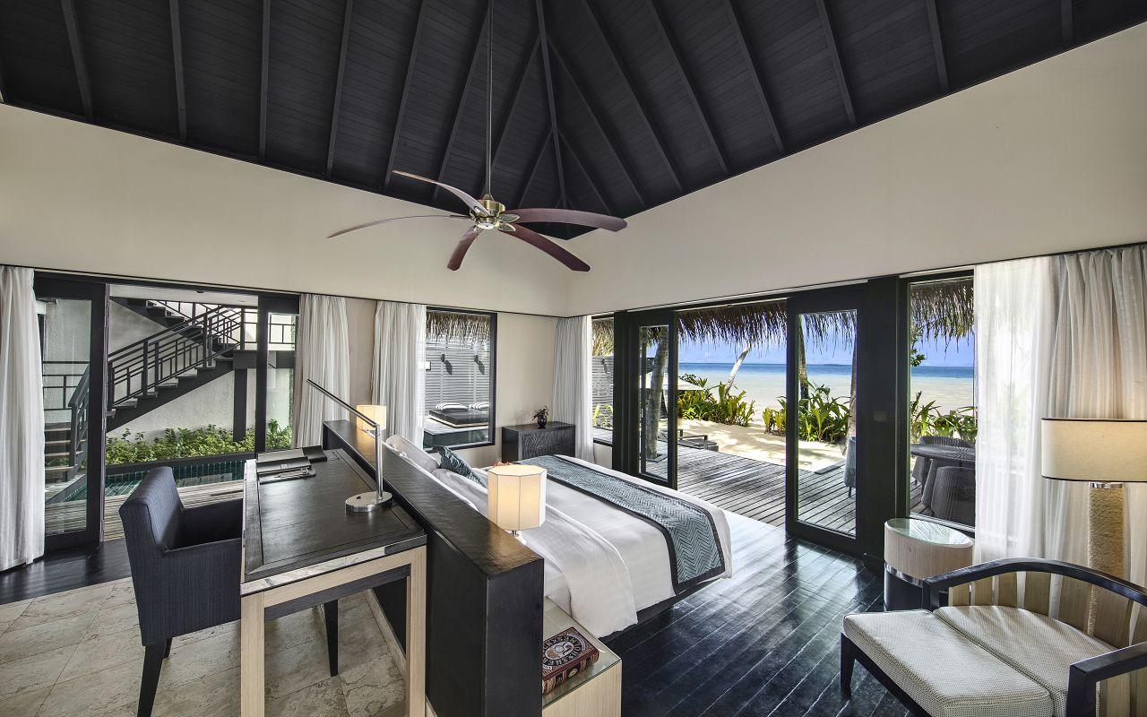 Beach Villa with Private Pool (1)