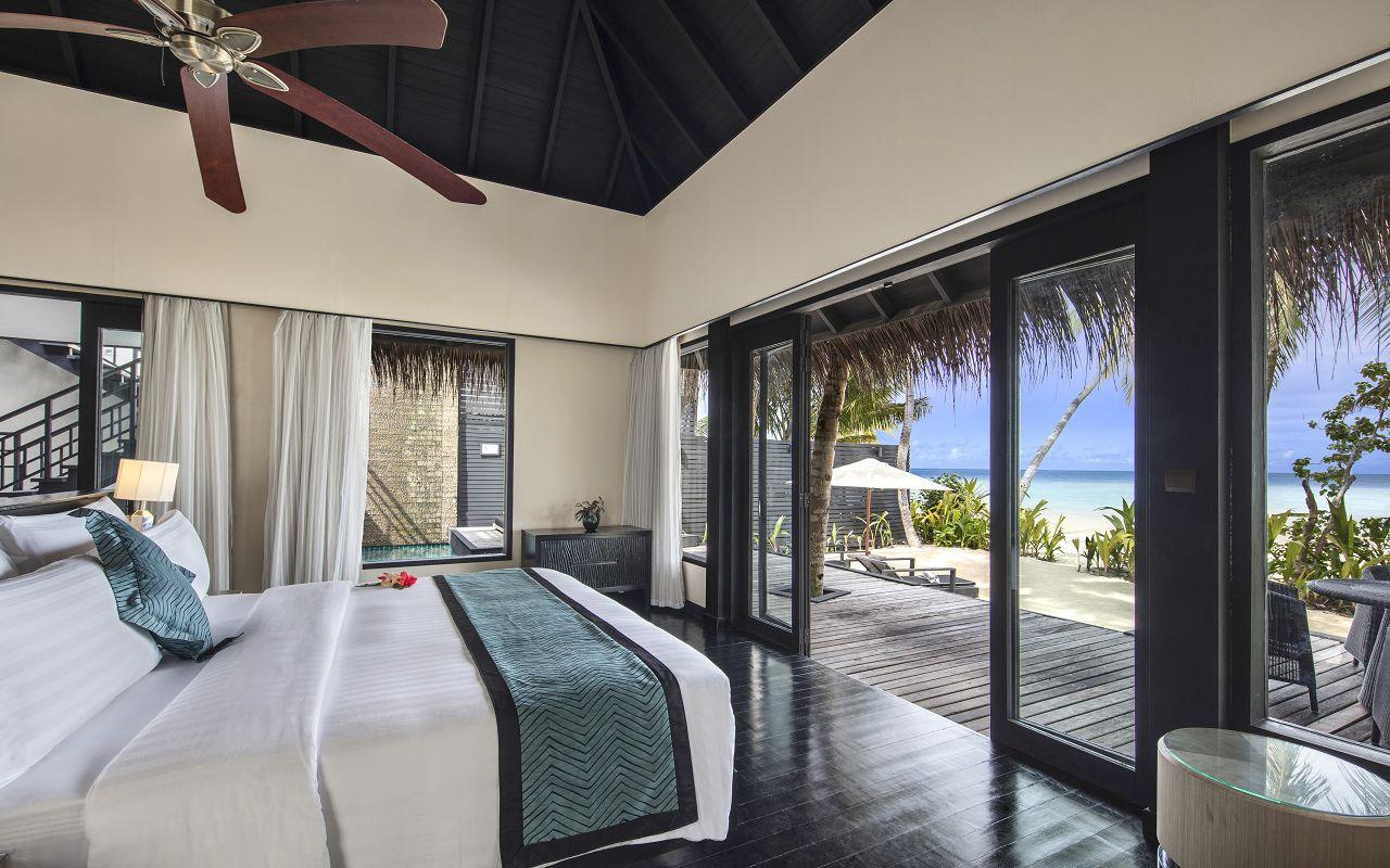 Beach Villa with Private Pool (2)