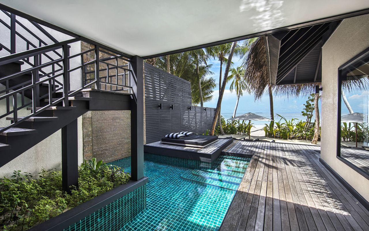 Beach Villa with Private Pool (5)