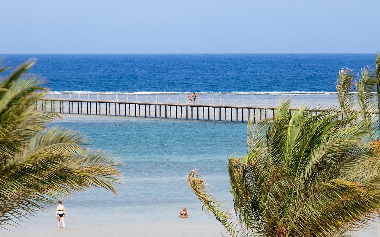 Royal Tulip Beach Resort_08-min