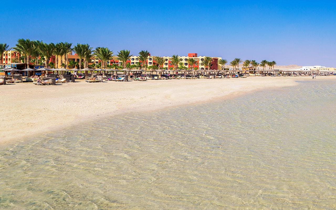 Royal Tulip Beach Resort_14-min