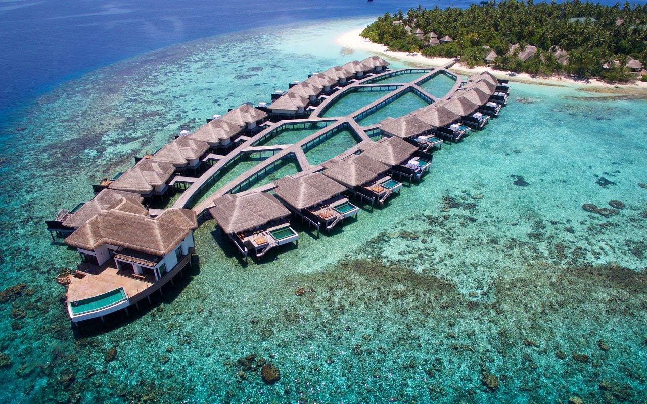 Sunset Overwater Villa with Private Pool (8)