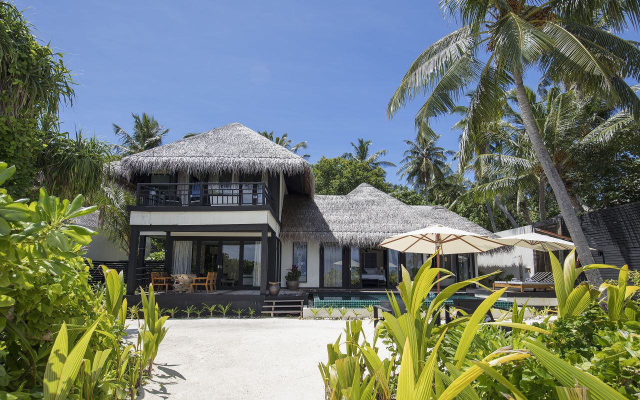 Two Bedroom Beach Villa with Private Pool (5)
