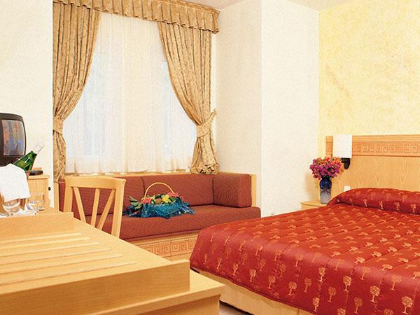 senior suite (1)