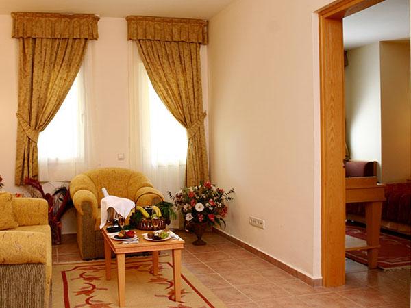 senior suite (3)