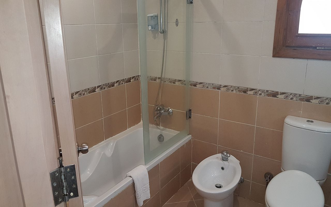 4- Overview for Standard Bathroom