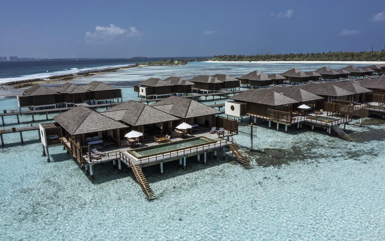 TWO BEDROOM OCEAN SUITE (2)