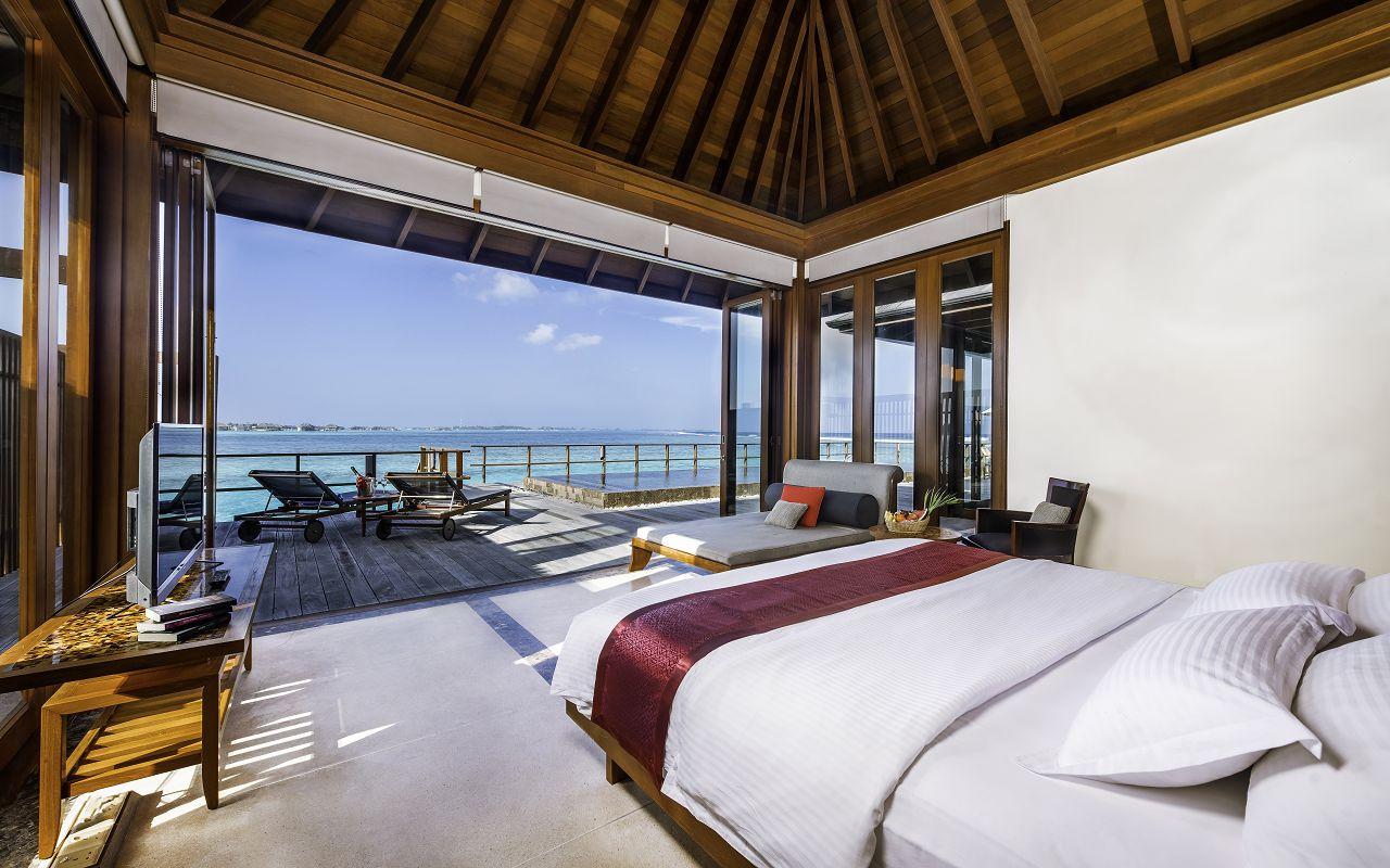 TWO BEDROOM OCEAN SUITE (7)