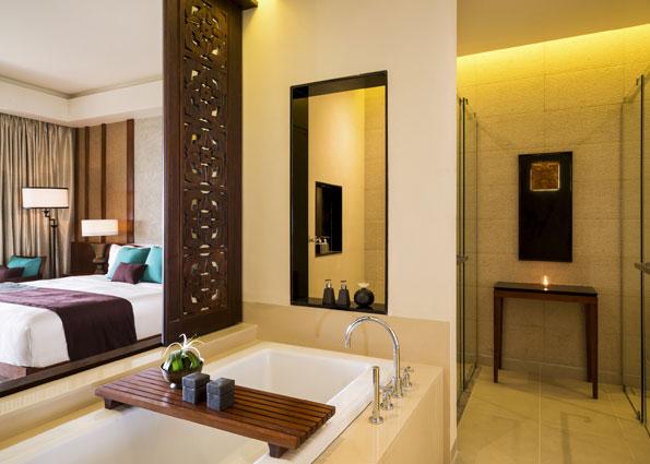 anantara_kalutara_sri_lanka_deluxe_poolside_room_595X425-AKAL_2973