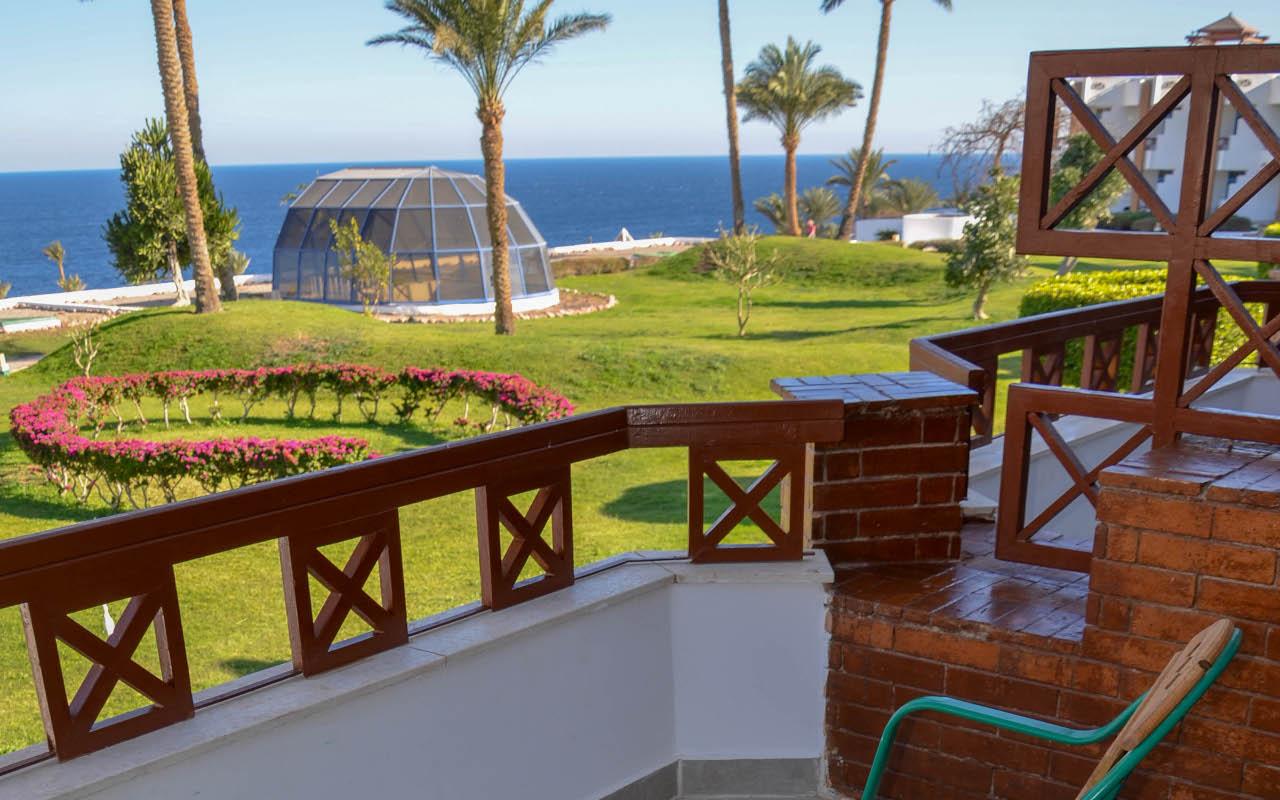 Premium-Room-Sea-View_04-min