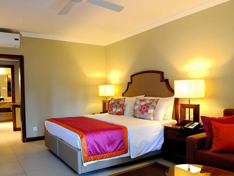 Deluxe Rooms4