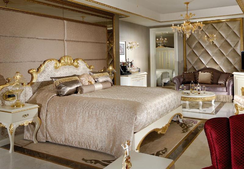 Noble Grand Suites