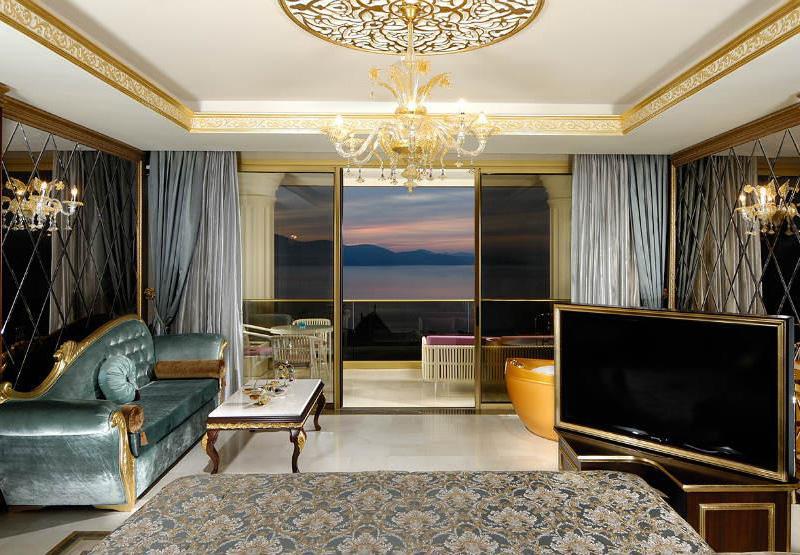 Premium Suite4