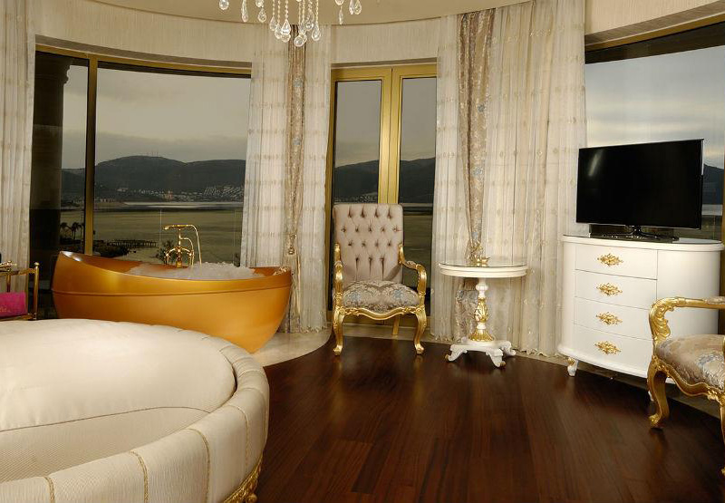 Royal Villa4