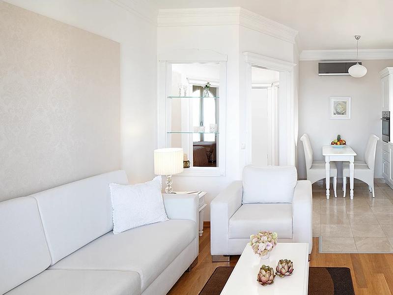 Seaview Family Suites2
